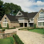 Photo of a home using TruSlate Onyx Black slate shingles